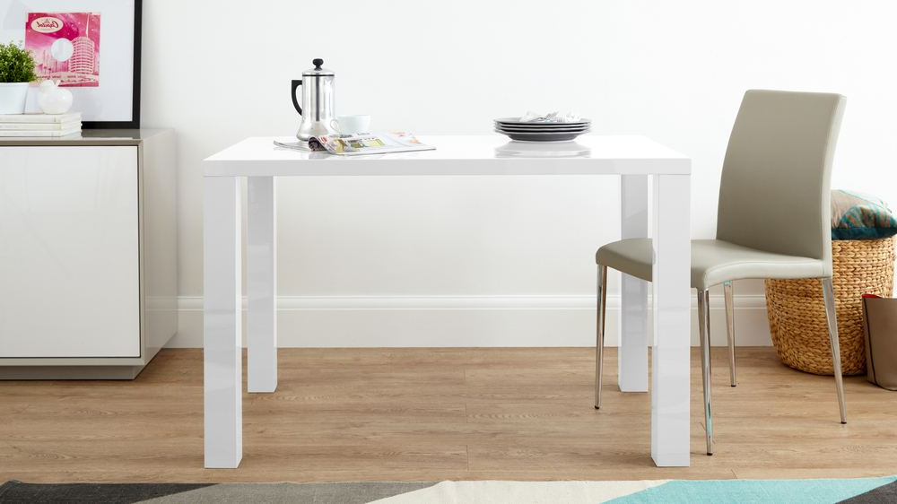 Hi Gloss Dining Tables In Best And Newest White Gloss Modern 4 Seater Dining Table (View 3 of 20)