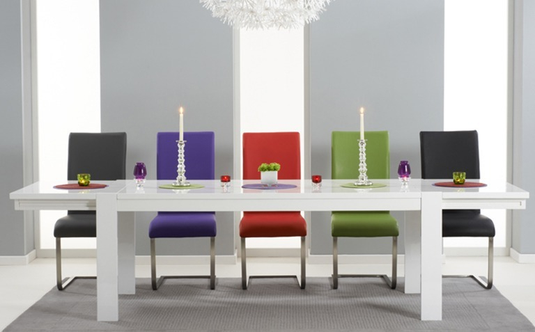 High Gloss White Dining Tables And Chairs Intended For Most Popular High Gloss Dining Table Sets (View 5 of 20)