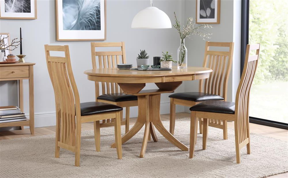 Hudson & Bali Round Extending Oak Dining Table And 4 6 Chairs Set Within Most Current Hudson Dining Tables And Chairs (View 9 of 20)
