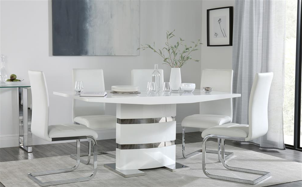 Komoro White High Gloss Dining Table With 4 Perth White Chairs Only For Famous Perth White Dining Chairs (View 6 of 20)