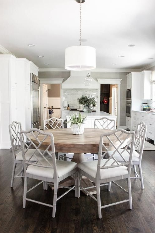 Large White Round Dining Tables Pertaining To Most Recently Released 25 Exquisite Corner Breakfast Nook Ideas In Various Styles (Gallery 2 of 20)