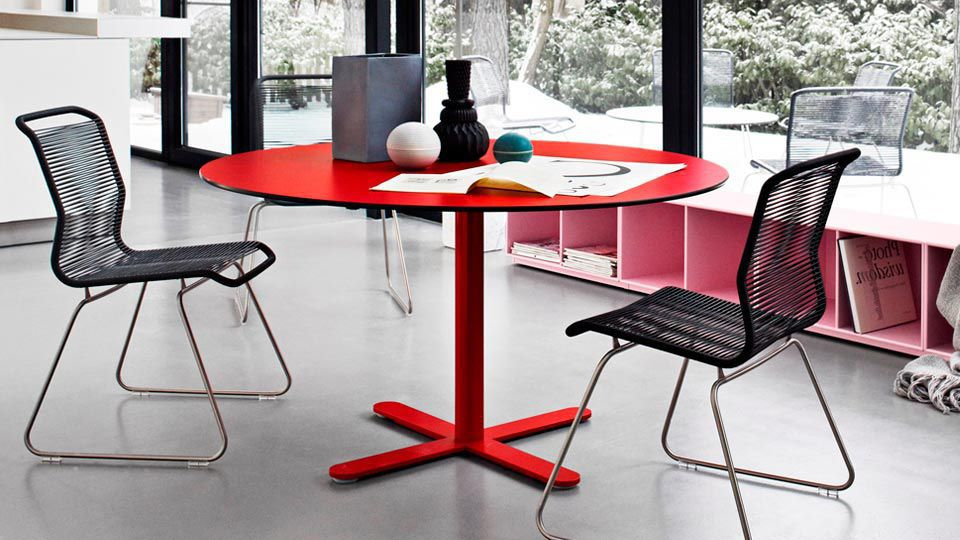 Lassen Round Dining Tables Pertaining To Preferred Contemporary Table / Laminate / Aluminum / Round – Multi Cafe (View 6 of 20)