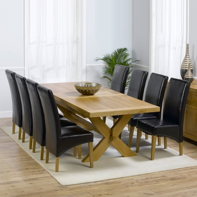 Latest Avalon Solid Oak 200Cm Extending Dining Table With 8 Rome Chairs In Oak Extending Dining Tables And 8 Chairs (View 9 of 20)