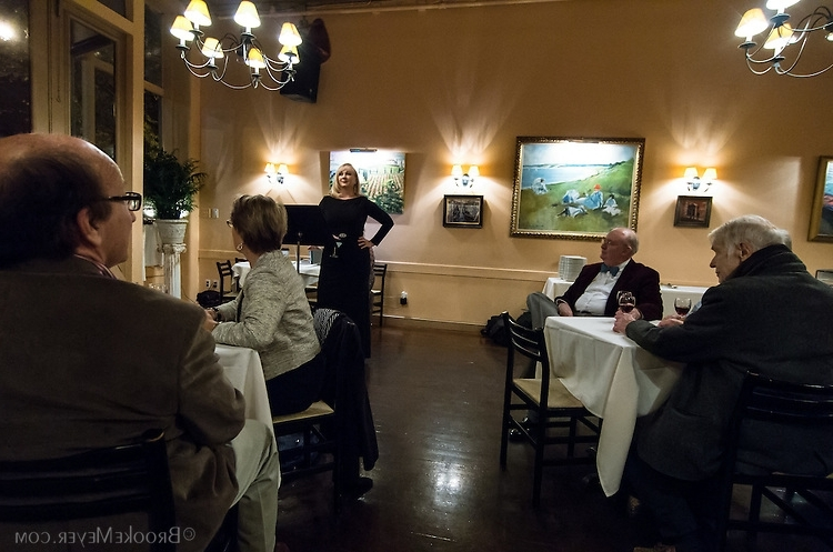 Latest Carly Triangle Tables Pertaining To 009 Opera A La Carte 9843 (Gallery 19 of 20)