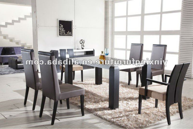 Latest Modern Black Glass Dining Table With Wooden Legs Yg108 Shop For Sale Throughout Glass Dining Tables With Wooden Legs (Gallery 12 of 20)