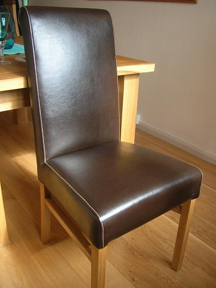 Latest Oak Leather Dining Chairs Inside Riga Oak Table & Chair Set With Matching Winchester Chairs (View 11 of 20)