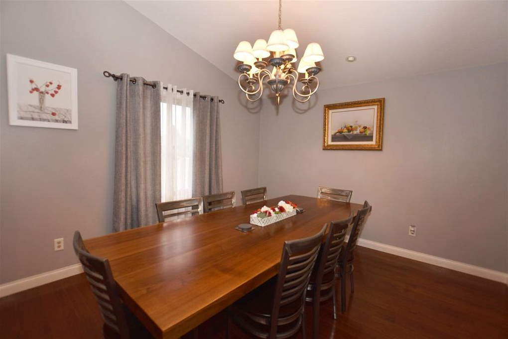 Latest Partridge 6 Piece Dining Sets Within 1330 Partridge Ct, Oshkosh, Wi 54904 – Realtor® (Gallery 8 of 20)