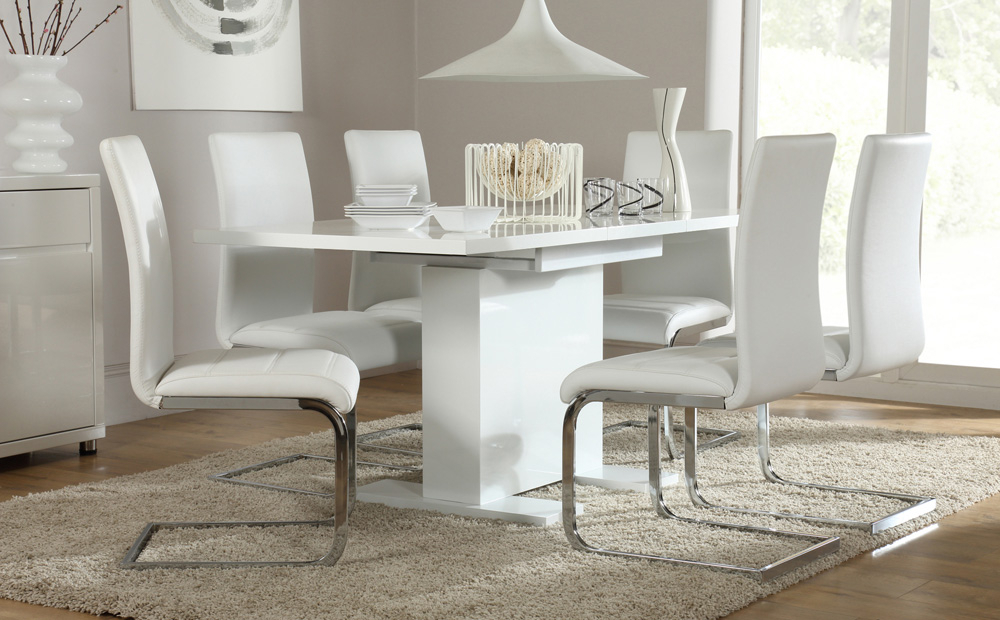 Latest Perth White Dining Chairs Throughout High Gloss Dining Table Set – Castrophotos (View 7 of 20)