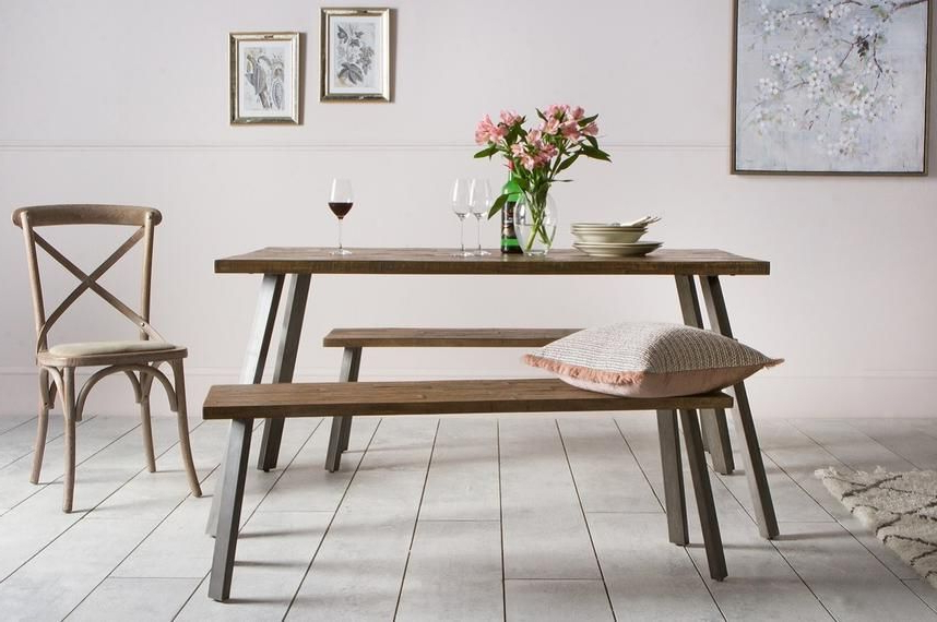 Leon Dining Table (Gallery 16 of 20)