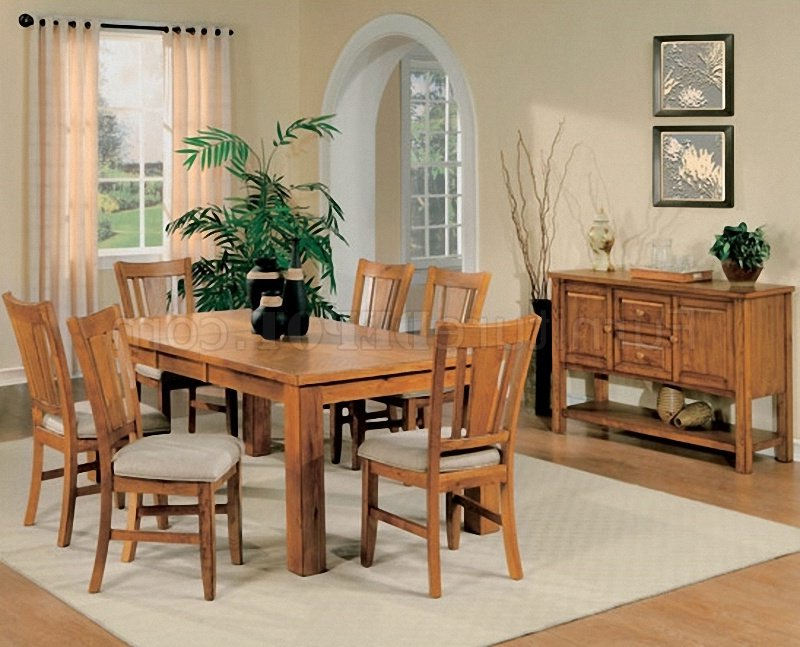 Light Oak Dining Tables And Chairs Inside Famous Light Oak Finish Casual Dining Room Table W/optional Chairs (Gallery 2 of 20)