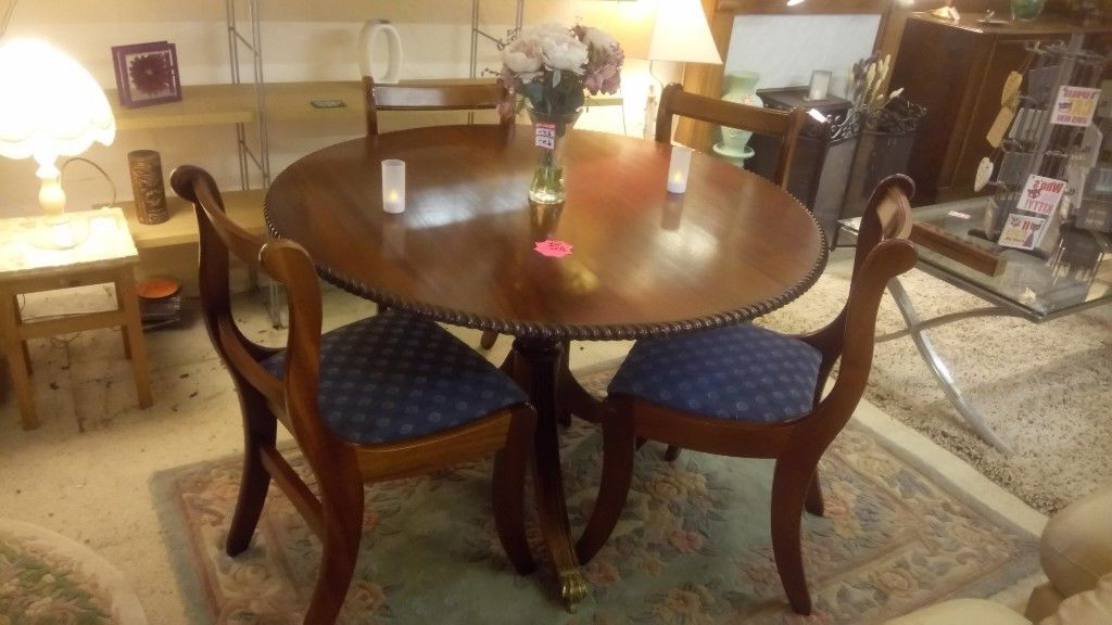 Mahogany Dining Tables And 4 Chairs Throughout Current Gorgeous Barley Twist Mahogany Dining Table & 4 Chairs Only £ (View 11 of 20)