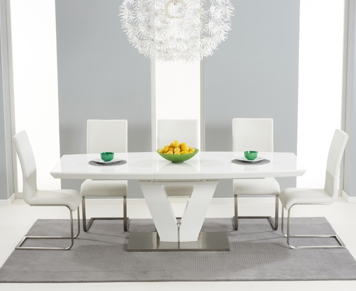 Malaga 180cm White High Gloss Extending Dining Table With Malaga Chairs With Preferred Black Extendable Dining Tables Sets (View 8 of 20)