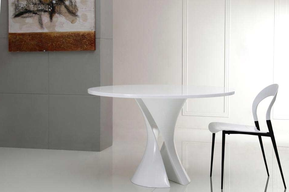 Modern Dining Pertaining To Caden Round Dining Tables (View 17 of 20)