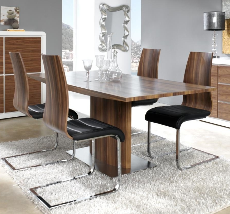 Modern Manhattan, Walnut Look Veneer Extending Dining Table With A With Most Recently Released Contemporary Extending Dining Tables (View 18 of 20)