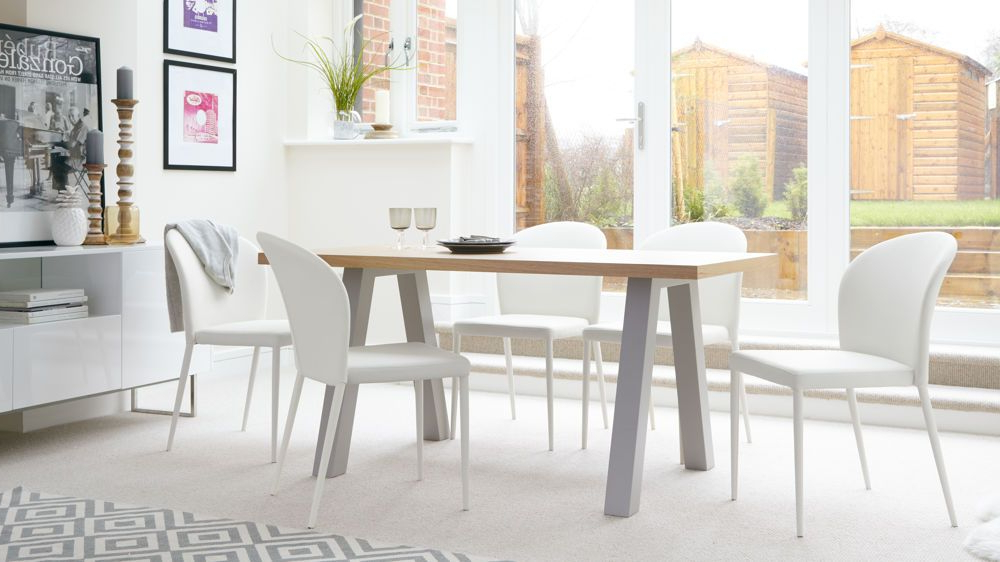 Modern Pertaining To Well Known Oak 6 Seater Dining Tables (View 7 of 20)