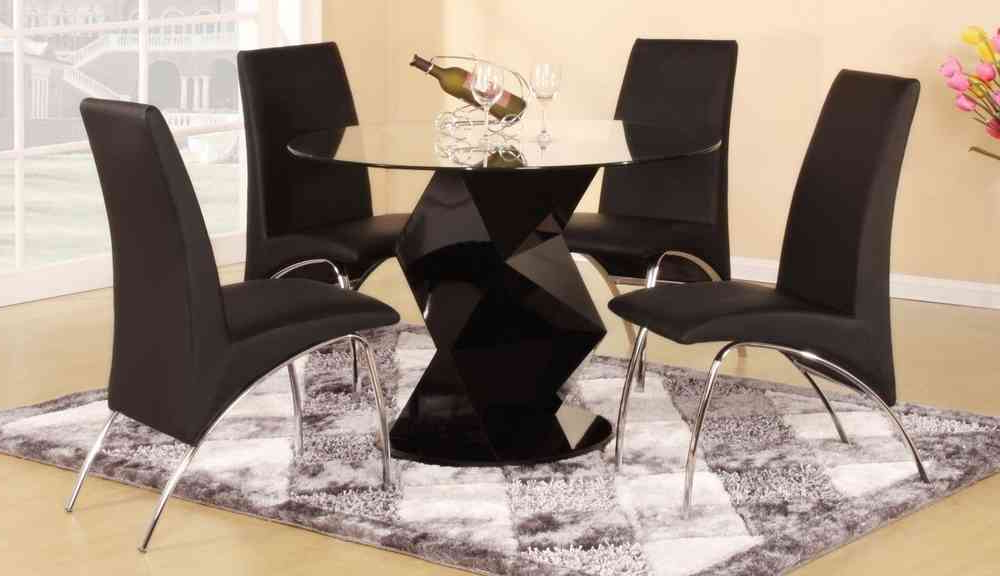 Modern Round Black High Gloss Clear Glass Dining Table & 4 Chairs With Well Known Round Black Glass Dining Tables And Chairs (View 9 of 20)