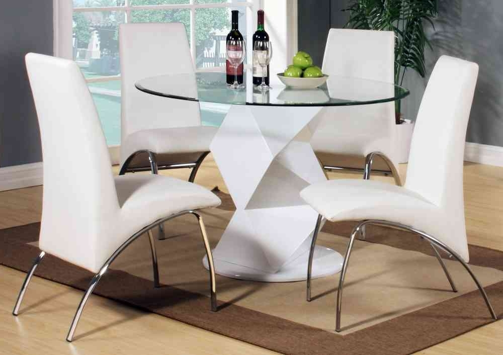 Most Current Clear Glass Dining Tables And Chairs Throughout Modern Round White High Gloss Clear Glass Dining Table & 4 Chairs (View 18 of 20)