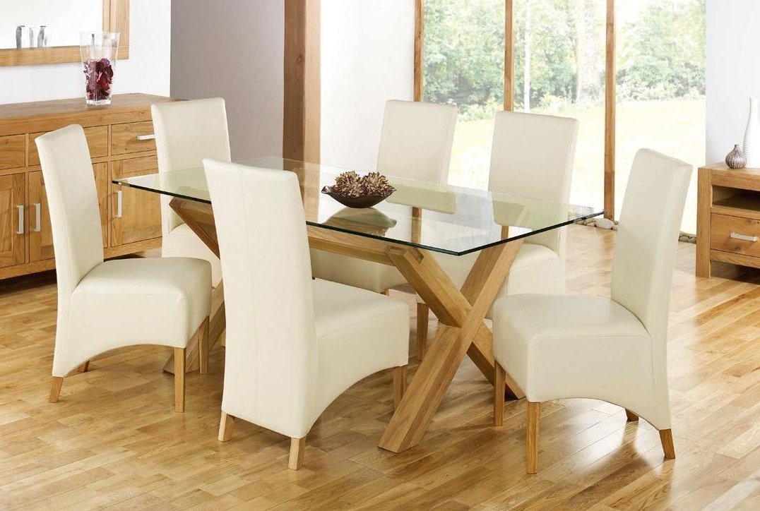 Most Current Glass And Oak Dining Tables And Chairs Intended For Glass Top Dining Tables For An Elegant Feeling (View 17 of 20)