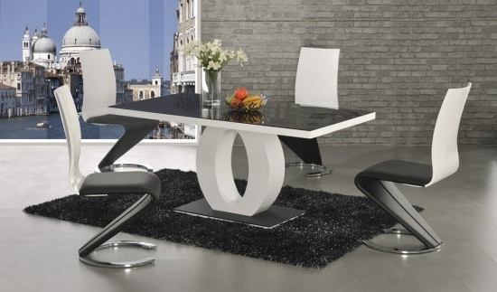 Featured Photo of Black High Gloss Dining Tables