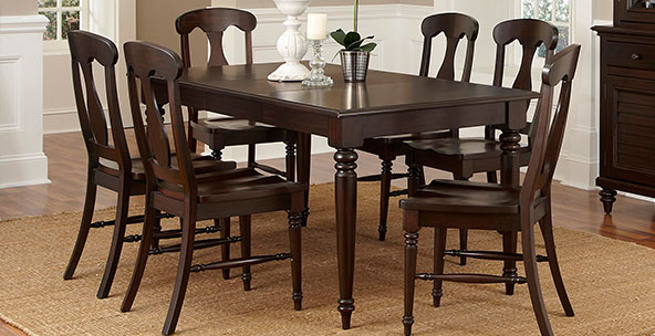 Most Popular Inspiring Dining Table And Chairs For Simple Dining Room Table And With Dining Room Tables And Chairs (View 14 of 20)