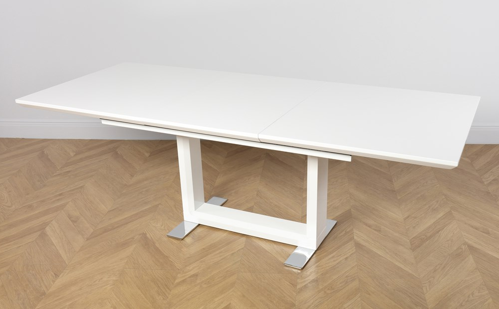 Most Popular Perth White Dining Chairs Inside Tokyo White High Gloss Extending Dining Table And 4 Chairs Set (View 3 of 20)