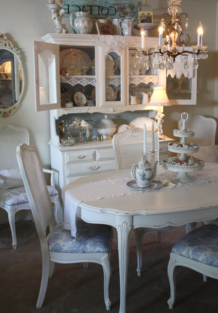 Most Popular Shabby Chic Dining Sets With Regard To Shabby Chic Dining (View 7 of 20)