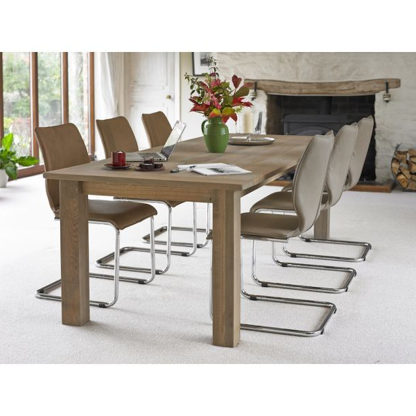 Most Popular Solid Oak Dining Table (View 9 of 20)