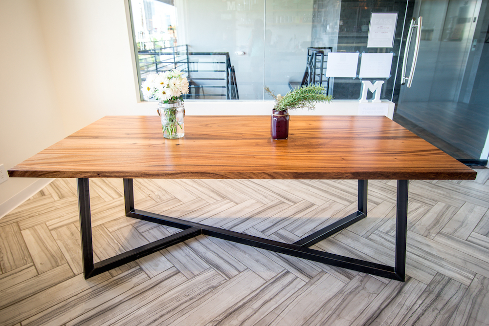 Most Popular Wonderful Rustik Modern Wood Metal Dining Table Within Wood And Regarding Iron And Wood Dining Tables (View 9 of 20)