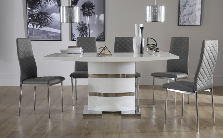 Most Recent High Gloss Dining Tables Sets With Regard To Komoro White High Gloss Dining Table (View 16 of 20)