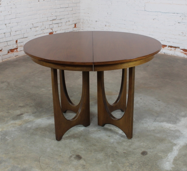 Most Recent Outdoor Brasilia Teak High Dining Tables Inside Sold – Mid Century Modern Broyhill Brasilia 6140 45 Round Pedestal (View 10 of 20)