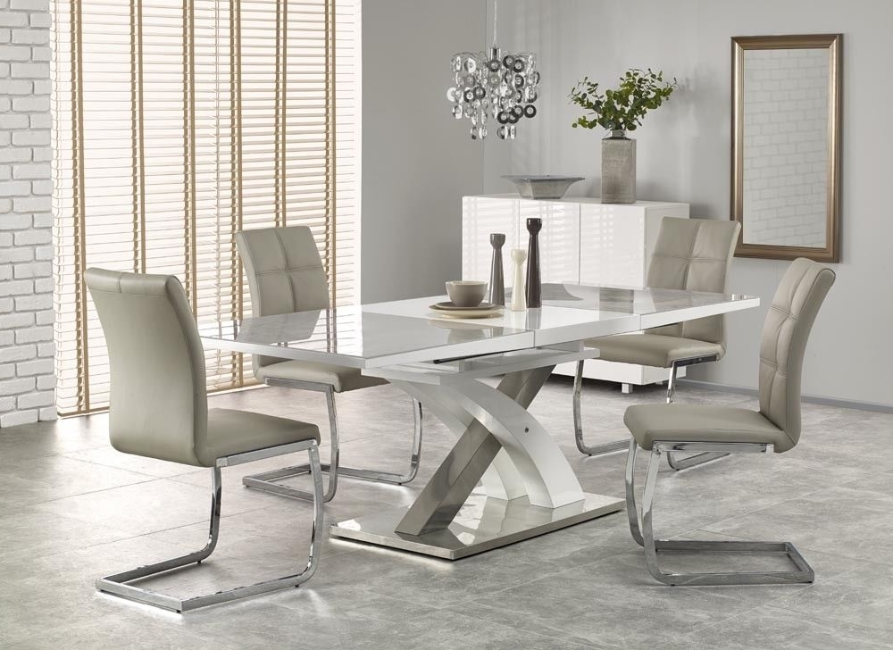 Most Recent Sandor 2 160 220Cm Grey Glass & White High Gloss Modern Extendable With Black Gloss Extending Dining Tables (View 13 of 20)