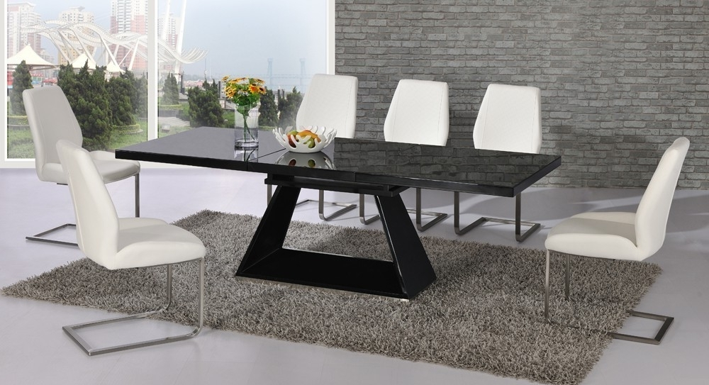 Most Recently Released Black Glass Extending High Gloss Dining Table And 6 White Chairs With Regard To Black Glass Extending Dining Tables 6 Chairs (View 7 of 20)
