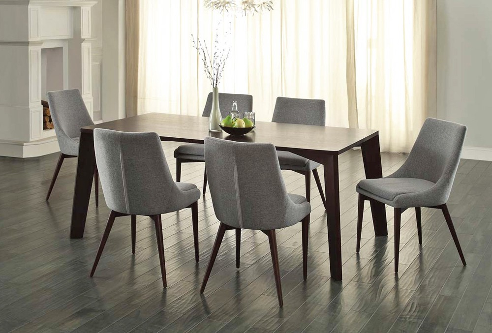 Most Recently Released Modern Dining Tables And Chairs With Oval Modern Dining Table Sets — Jherievans (View 9 of 20)