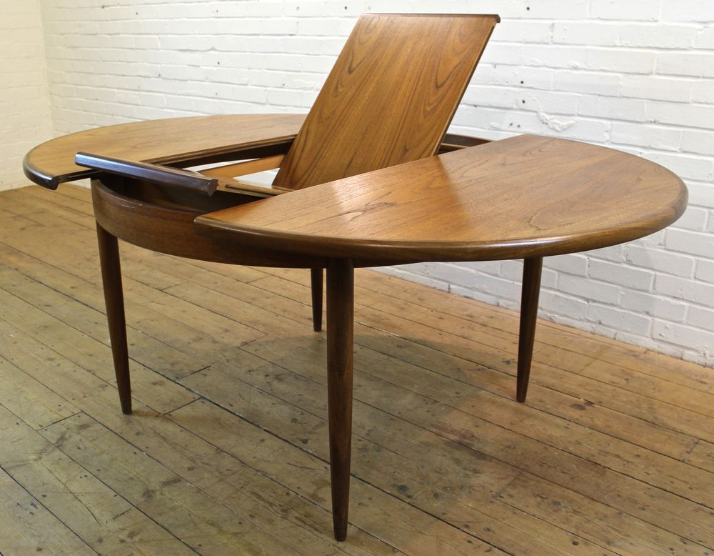 Most Recently Released Vintage G Plan Fresco Teak Round Extending To Oval Dining Table Intended For Retro Extending Dining Tables (View 9 of 20)