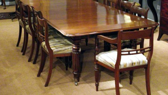 Newest Extendable Dining Table Seats 10 Within Extending Dining Table With 10 Seats (View 6 of 20)