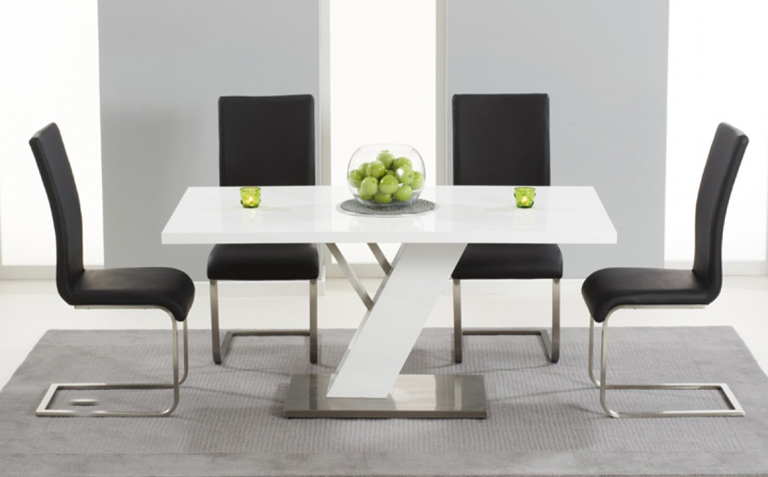 Newest Gloss White Dining Tables And Chairs Intended For High Gloss Dining Table Sets (View 10 of 20)