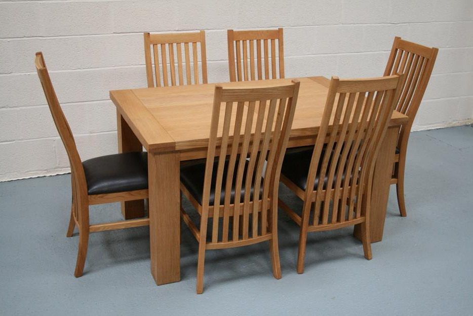 Oak Dining Tables With 6 Chairs Throughout Newest Riga Oak Table & Chair Set With Matching Lichfield Oak Chairs (Gallery 6 of 20)