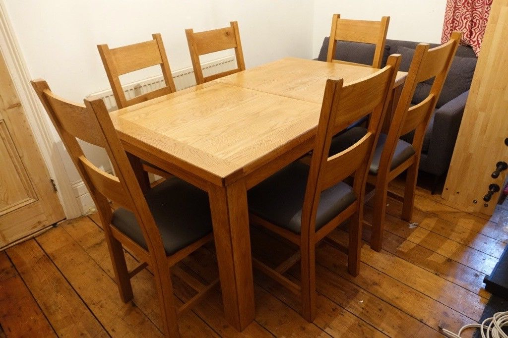 Oak Extending Dining Sets Inside Famous Chiltern Oak Extending Dining Table With 6 Chairs (Gallery 4 of 20)