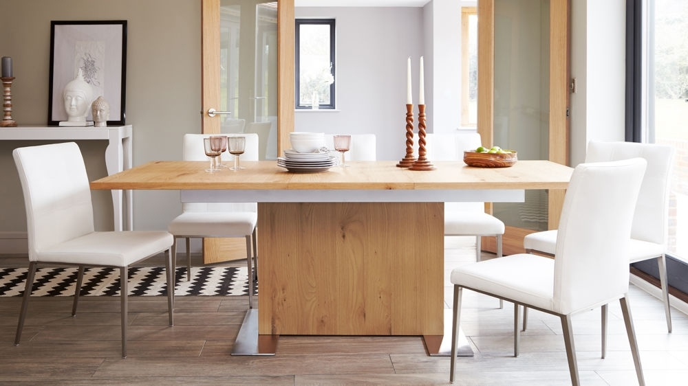 Oak Extending Dining Table And Chair Set (View 17 of 20)