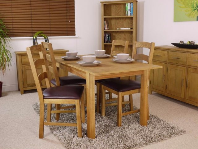 Oak Extending Dining Tables And 4 Chairs Throughout Famous Canada Oak Extending Dining Table Set – Table And 4 Chairs (View 9 of 20)