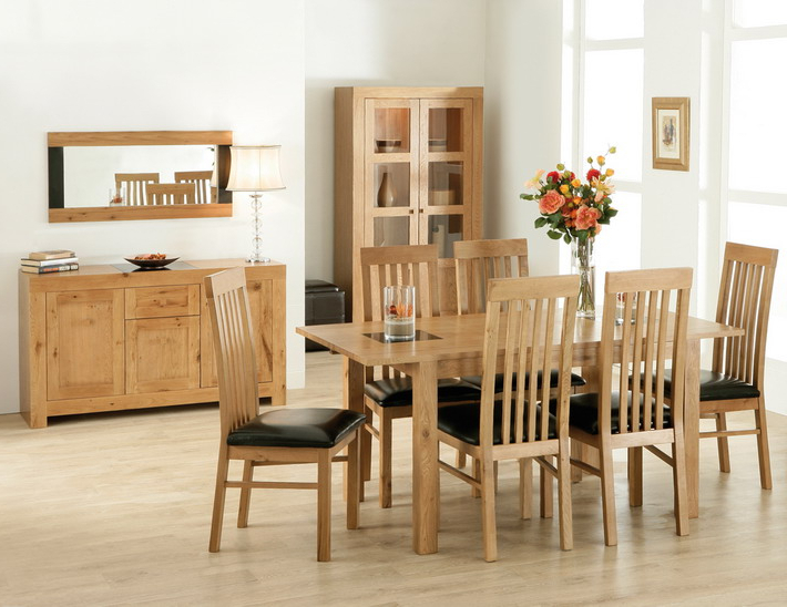 Oak Wood Dining Table Solid Oak Dining Room Sets Round Oak Dining Inside Latest Light Oak Dining Tables And Chairs (View 17 of 20)