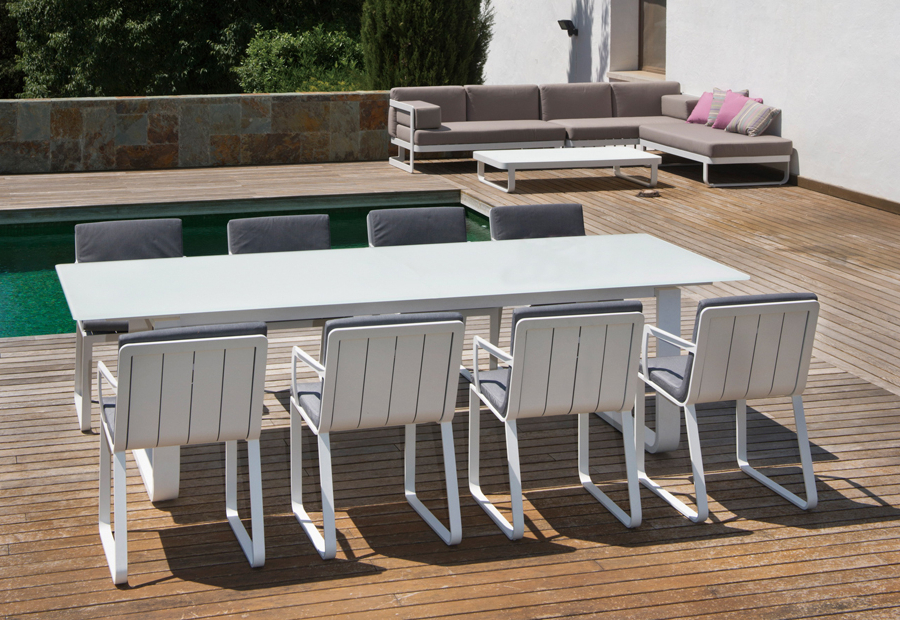 Outdoor Furniture (View 11 of 20)