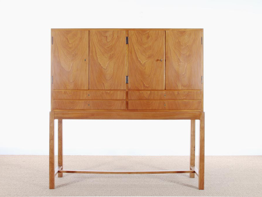 Popular Mid Century Scandinavian Cabinet In Helm. – Galerie Møbler With Regard To Helms 6 Piece Rectangle Dining Sets (Gallery 15 of 20)