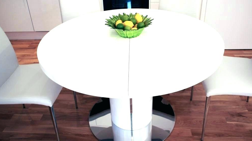 Popular Round White Extendable Dining Tables Regarding Round Extending Dining Table 3 Solid Oak Round Extending Dining Set (Gallery 13 of 20)