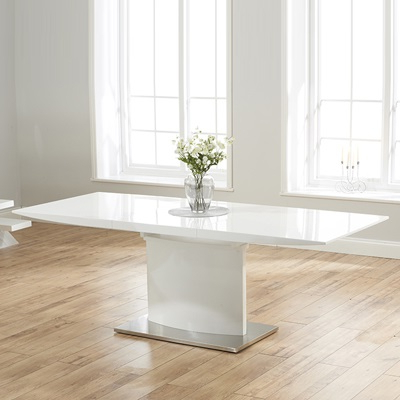 Popular White Gloss Extending Dining Tables Within Hadlow High Gloss White Extending Dining Table – Robson Furniture (Gallery 17 of 20)
