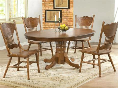 Preferred Antique Round Kitchen Table Round Oak Dining Room Table And Chairs Regarding Oak Round Dining Tables And Chairs (View 15 of 20)