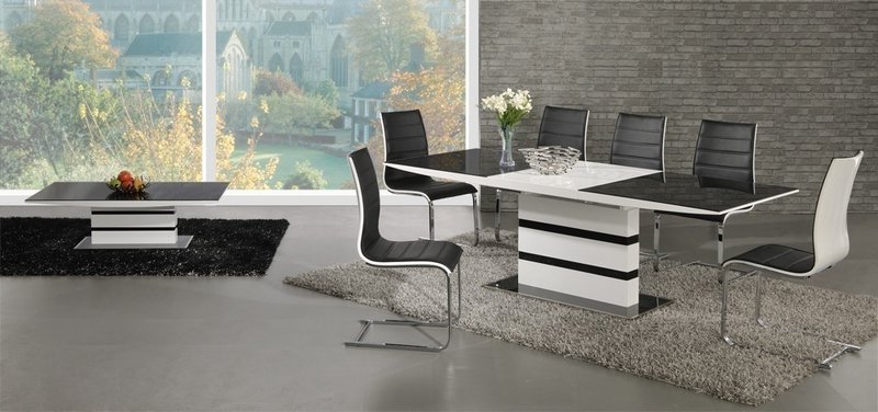 Preferred Extending Dining Tables And 8 Chairs Pertaining To Black Glass White High Gloss Extending Dining Table And 8 Chairs (View 13 of 20)