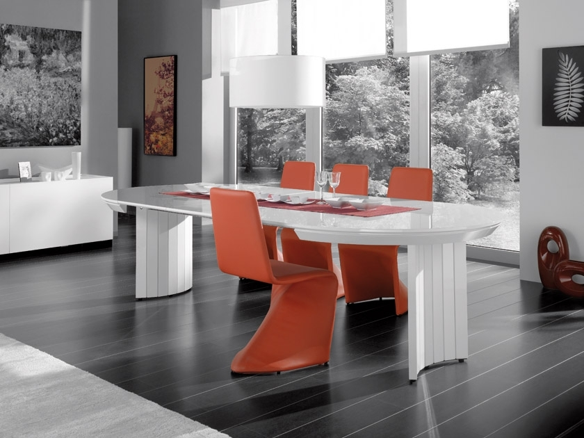 Recent Black Gloss Dining Room Furniture For Extending Contemporary White High Gloss Dining Table (Gallery 6 of 20)