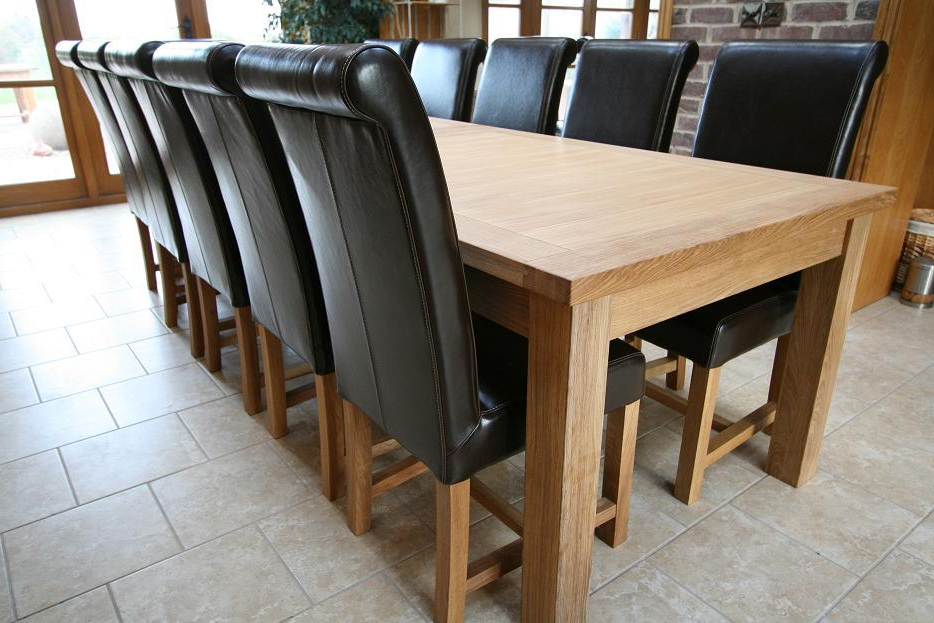 Recent Extending Dining Tables With 14 Seats Pertaining To Large Dining Table (Gallery 1 of 20)