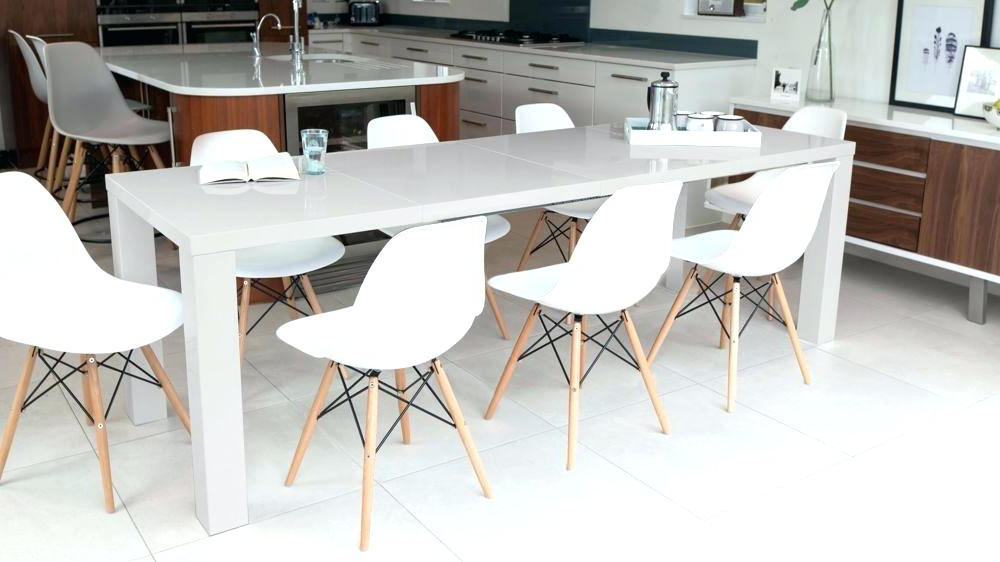 Round Dining Table Seats 10 – Gamerduel.co Pertaining To Trendy Extending Dining Table With 10 Seats (Gallery 12 of 20)